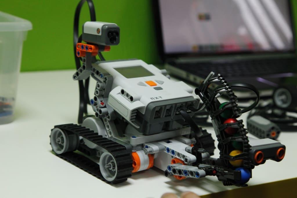 Ищем друга для роботов!