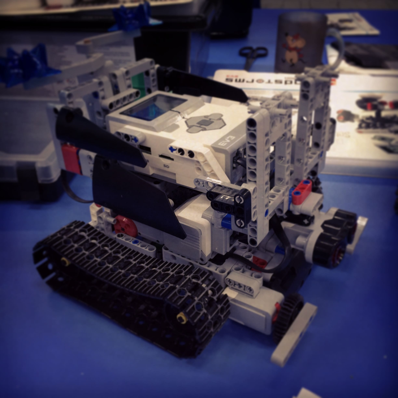Первые роботы в Воплощении!